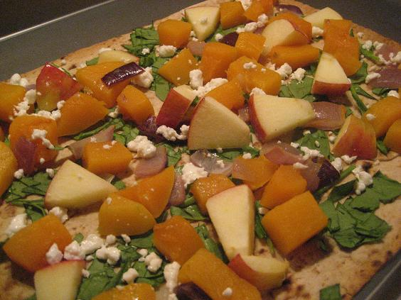 Butternut Squash and Apple Pizza - Peanut Butter Fingers