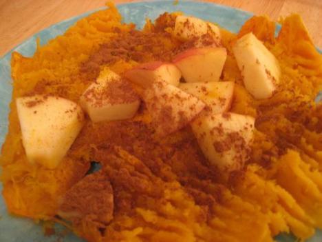 Cinnamon Apple Acorn Squash