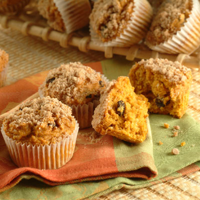 Crumble Top Pumpkin Muffins