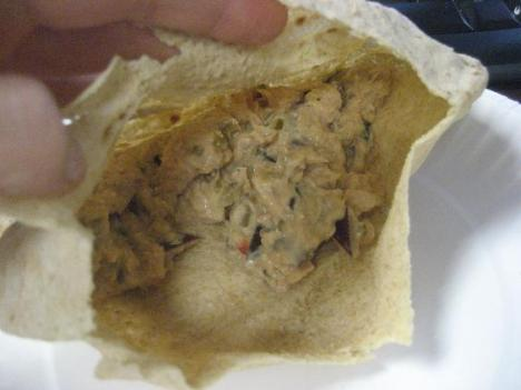 tuna salad in pita